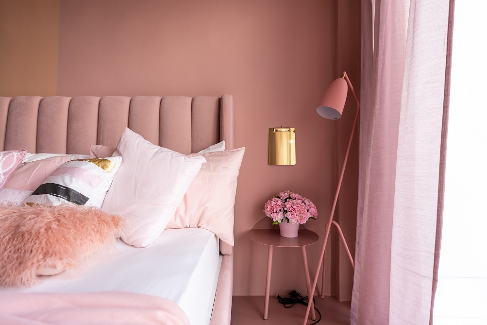 10 trending pink two colour combinations for your bedroom walls
